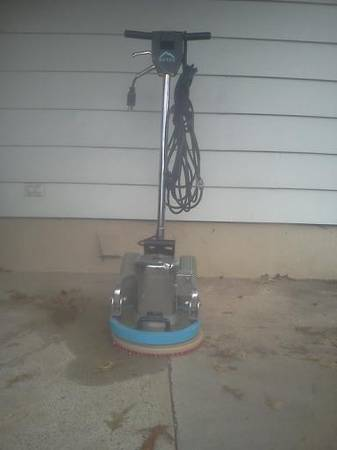 Photo Mytee OP Carpet Cleaning Machine - $975 (Riverside)