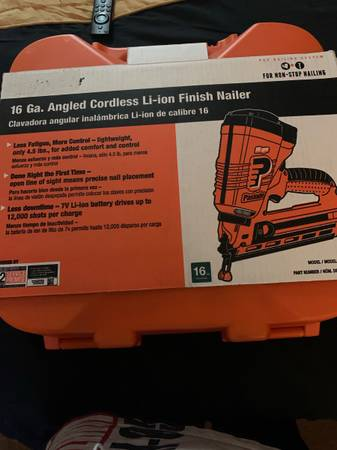 Photo Paslode 16 ga angled Cordless Finisher Nailer - $300 (Cape May Court House)