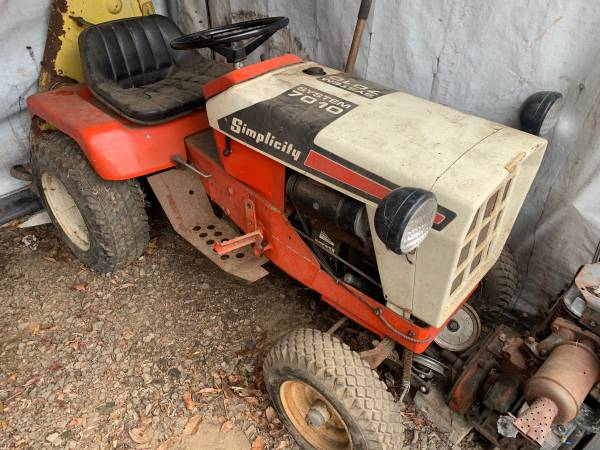 Photo Simplicity Garden Tractor with Attachments - $1500 (Central NJ)
