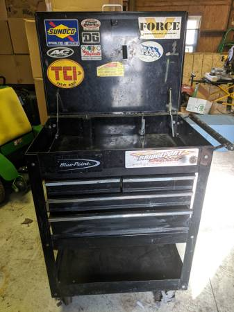 Photo Tool carts blue point and saw table (Newcastle Delaware)
