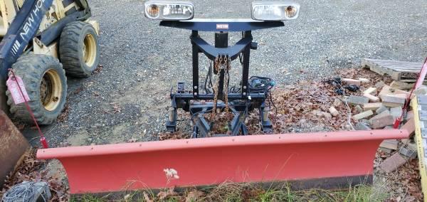 Photo Western Snow plow - $2,300 (Blackwood)
