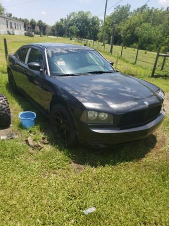 Photo 07 charger - $3500 (Tittusville)