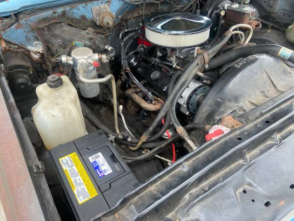 Photo 1986 Chevy C20 5.0L 4 Speed MT Classic work truck - $5,500 (Cocoa)
