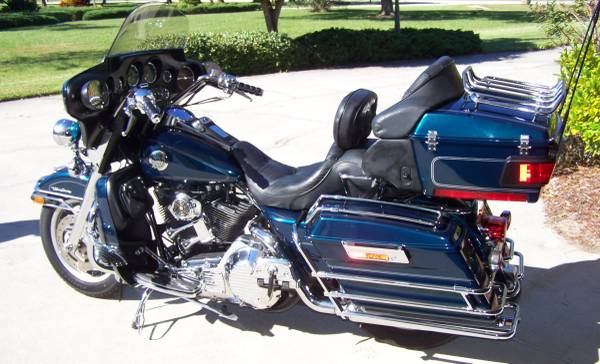 Photo 2001 Harley Electra Glide Ultra Classic - $5,900 (Melbourne)