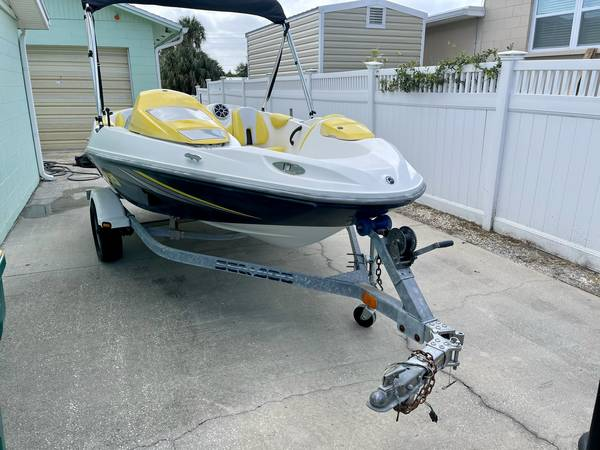 Photo 2006 Sea Doo Jet Boat Supercharged - $7,900 (Merritt Island)