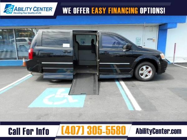 Photo 2008 Dodge Grand Caravan Wheelchair Van Handicap Van - $12,900 (4401 Edgewater Drive, Orlando, FL 32804)