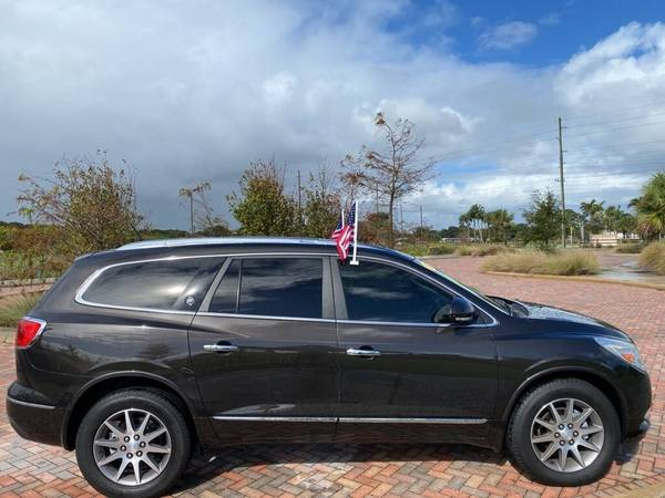 Photo 2013 Buick Enclave Leather 3RD Row SUV 1-OWNER Roof Rack Tow Package - $15,400 (OKEECHOBEE)