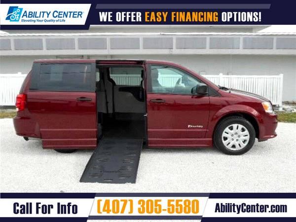 Photo 2020 Dodge Grand Caravan Wheelchair Van Handicap Van - $49,900 (4401 Edgewater Drive, Orlando, FL 32804)