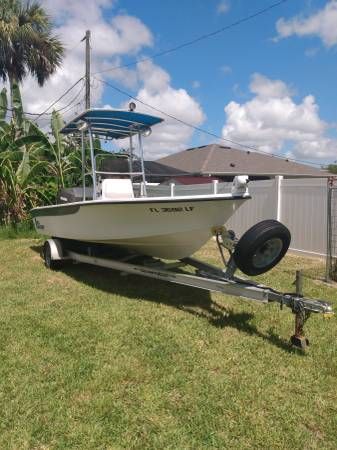 Photo 2239 carolina skiff Sea chaser - $14,000 (Palm Bay)
