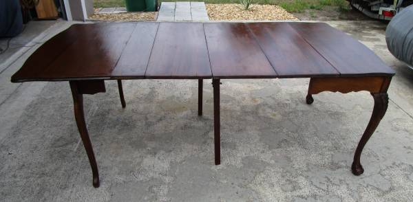 Photo Antique Solid Wood Fold Down Table with 3 Leafs - $100 (Port St. John, FL)