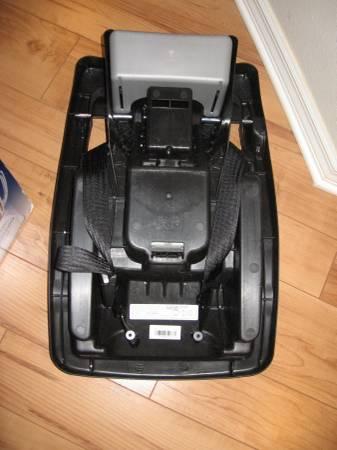 Photo Car Seat Base-Omni Plus Sonti (Cocoa)