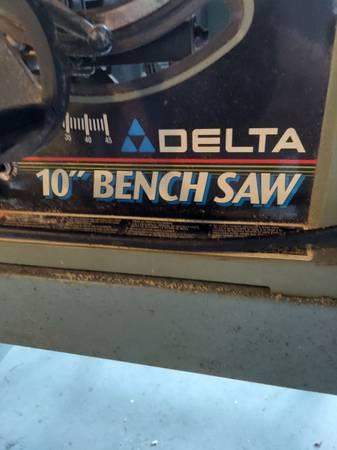 Photo Delta 10quot bench saw - $50 (Palm Bay)