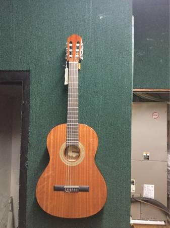 Photo Greg Bennett Samick Classical Guitar - $190 (Cape Canaveral)