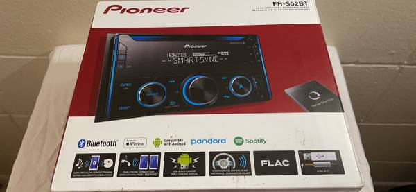 Photo In-dash Pioneer Smart Sync, Bluetooth, Android, IPhone Audio CD Receiver - $1 (Cape Canaveral)
