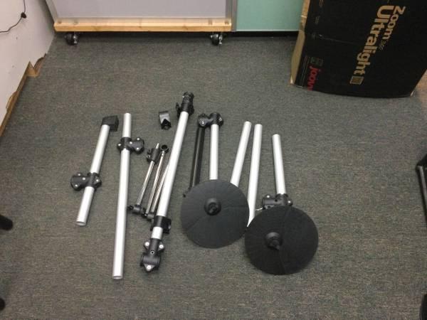 Photo Miscellaneous Electric Drum Set Parts - $50 (Cape Canaveral)