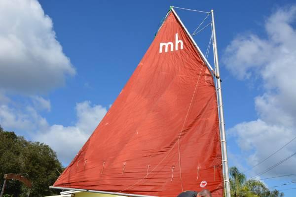 Photo MudHen Fla Bay 1739 sailboat Shallow draft - $4,400 (MIMS)