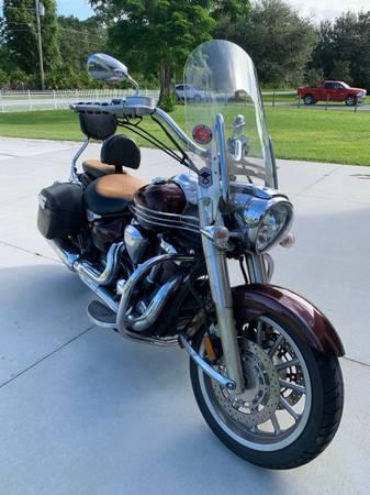 Photo Nice Big Bike - 2006 Yamaha Stratoliner - $6,300 (Cocoa)