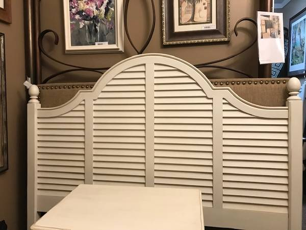 Photo Pretty Off-White Drexel Heritage Queen Louvered Headboard with Frame - $499 (All Around the House)