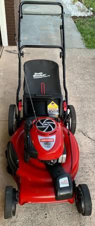 Photo Self-propelled Lawnmower Craftsman - $150 (Titusville)
