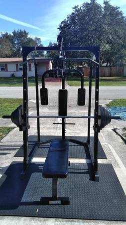 Photo Smith machine squat rack home gym with or no Weights $650 - $400 (deltona)