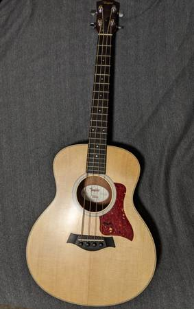 Photo Taylor GS Mini Bass - $400 (Grant-Valkaria)