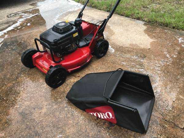 Photo Toro Commercial Mower and Husq Saw and Professional Hedge Trimmer - $1,100 (Cocoa)