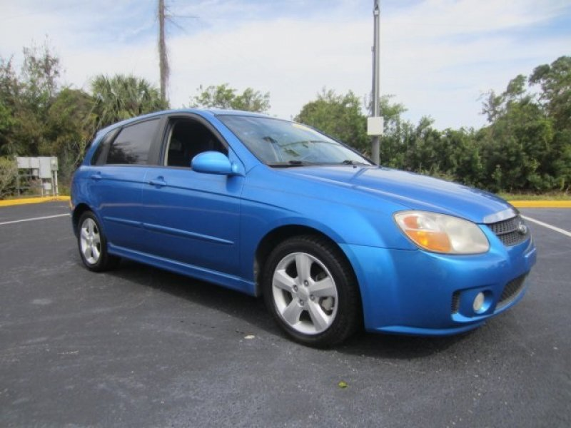 Photo Used 2007 Kia Spectra5 SX for sale