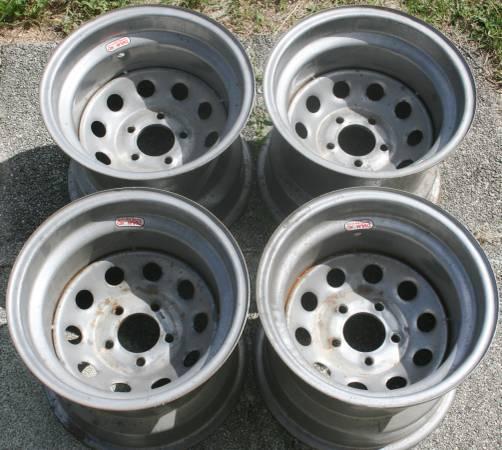 Photo Vintage Diamond Steelie Racing Wheels 15quotx12quot - $65 (MALABAR)