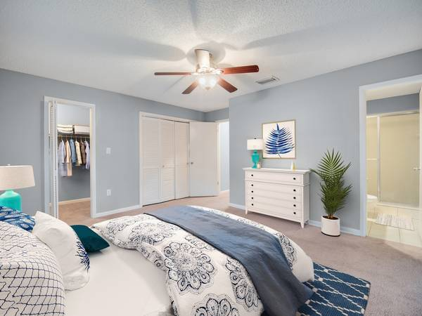 Photo Welcome to Veridian Townhomes (2420 Central Park Drive Melbourne, FL)