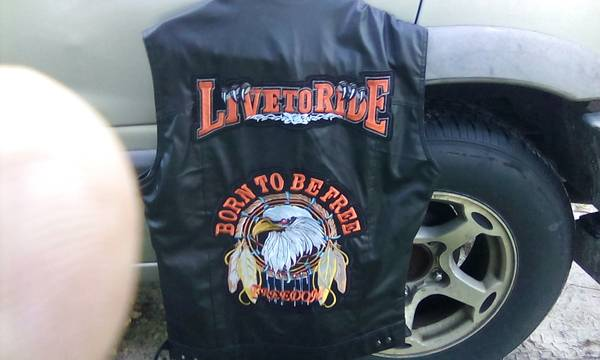Photo XL MOTORCYCLE LIVE TO RIDE BORN TO BE FREE VEST - $30 (Cocoa)