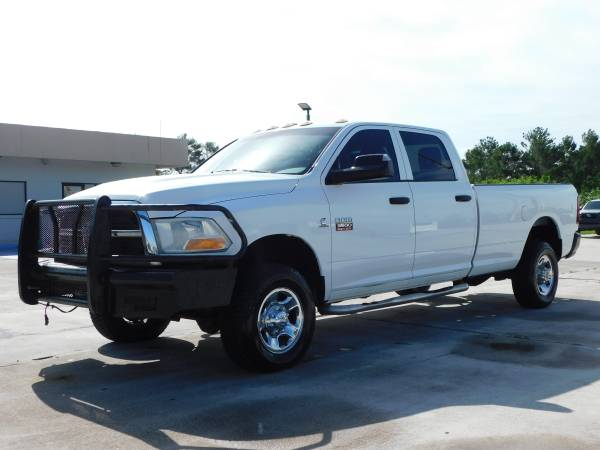 Photo 2012 RAM 3500  6.7 DIESEL  4X4  CREW CAB  LONG BED  1 OWNER  - $34,995 ( NO DOC FEES )