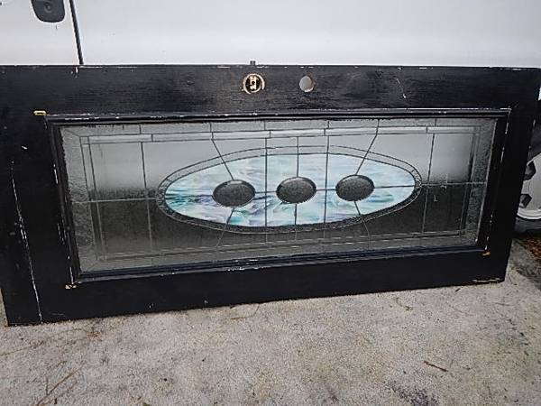 Photo old DOOR ,,, TIFFANY STAINED GLASS double pane - $40 (Malabar road)