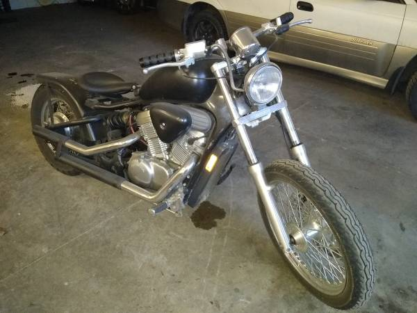 Photo 1996 Honda Shadow 600 - $1800 (Hayden)