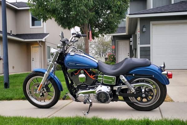 Photo 2006 Harley Davidson Dyna Lowrider FXDI - $8,995 (Spokane Valley)