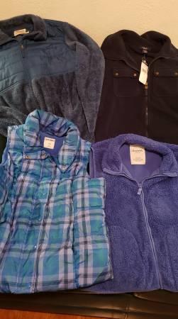 Photo 3 Ladies Vests  1 Jacket, Old Navy, Aeropostale, Chaps - $10 (Rathdrum)