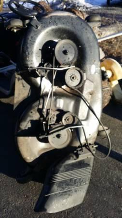 Photo 42 inch Mower deck for craftsman tractor - $285 (cda)