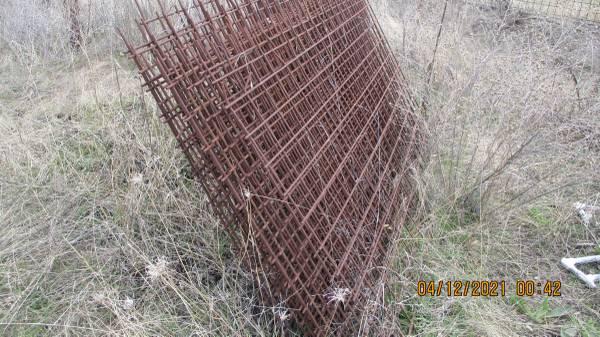 Photo 4x6 rod remesh panels - $50 (post falls exit 2)