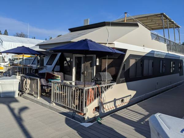Photo 5039 2 Bed, 2 Bath Houseboat with Slip at Two Rivers Marina - $95,000 (Lake Roosevelt)