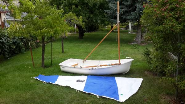 Photo 8 ft Ranger Sailing Dinghy - $800 (Coulee Dam)