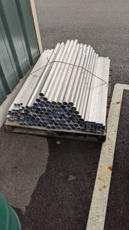 Photo Aluminium pipe and tube - $1 (Rathdrum)