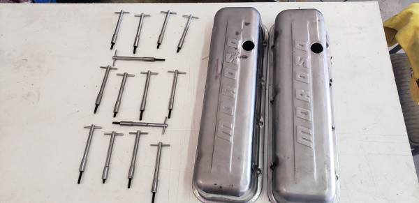 Photo Big Block Chevy Tall Valve Covers and T Bolts (Deer Park)