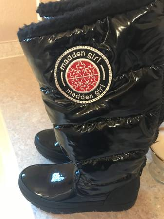 Photo Boots - Madden Girl winter boots - $18 (COEUR D39ALENE)