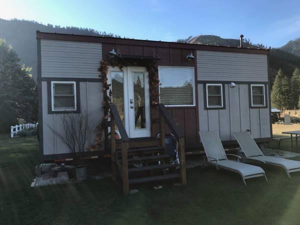 Photo Custom Built Tiny House (Spokane)