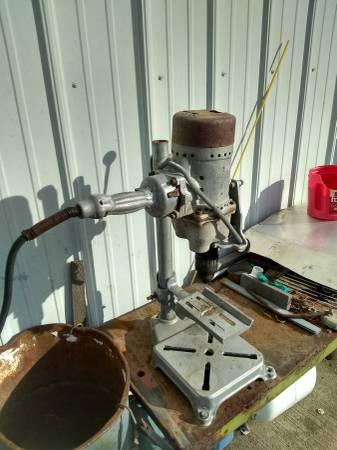 Photo Drill press table top craftsman - $65 (N Spokane)