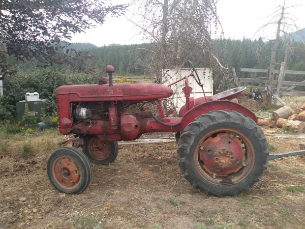 Photo Farmall A Tractor - $1,500 (Chewelah)
