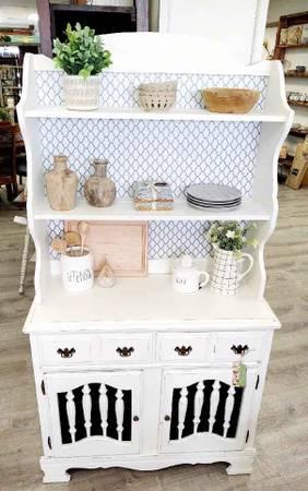 Photo Gorgeous white farmhouse style hutch - $399 (Spokane valley)