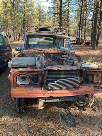 Photo Jeep Wagoneer Cherokee Rigs