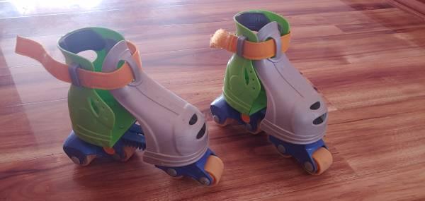 Photo KidsToddler Roller Adjustable Roller Blades - $10 (Spokane)