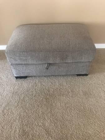 Photo NEW Quality Ottoman with Storage - $125 (Spokane)