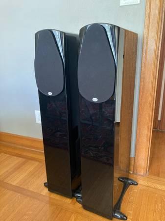 Photo NHT Classic 4 Speakers - $475 (Spokane)